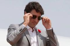 Thủ tướng Canada bị phạt tiền vì chậm khai báo quà hơn 3,4 triệu đồng