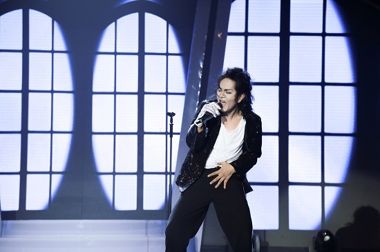 Hùng Thuận 'hạ gục' Kim Oanh, Mr Đàm khi hóa thân Michael Jackson