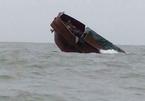 Chìm tàu Trung Quốc chở hơn 100 tấn thịt trâu ở biển Móng Cái