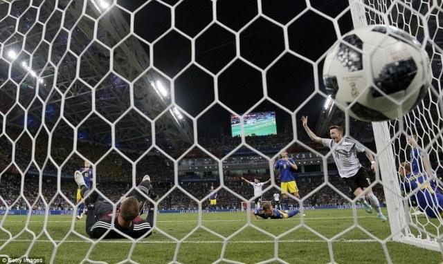 Nhìn Đức chiến đấu, Messi càng thấm vì sao Argentina thua thảm