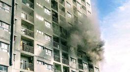 Cháy chung cư ở Sài Gòn, hàng trăm cư dântháo chạy