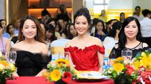 Hoa hậu Thu Thủy U40 quyến rũ, 'đọ sắc' cùng hotgirl trẻ