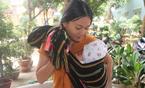 Mẹ bỉm sữa địu con 3 tháng vượt 100 km đi thi THPT quốc gia