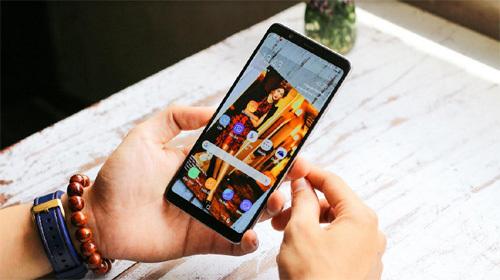 Mua Galaxy A8 Star, nhận ngay loa JBL tại Thế Giới Di Động