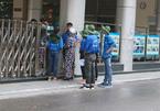 Phụ huynh hốt hoảng cầu cứu bảo vệ ở điểm thi THPT quốc gia