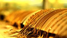 Giá vàng hôm nay 1/7: Giảm suốt tuần, vàng xuống đáy 1 năm