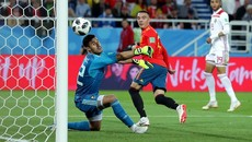 Tây Ban Nha xấu hổ, không thể đá World Cup thế này