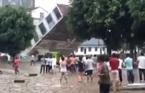 Hàng loạt nhà tầng bị sập sau mưa lớn tại Trung Quốc