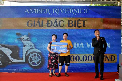 Amber Riverside hút khách ngày mở bán