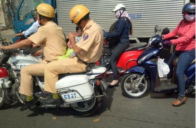 CSGT,cảnh sát giao thông,cấp cứu,người tốt việc tốt