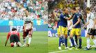 Mexico vs Thụy Điển: Người lên ngựa, kẻ chia bào