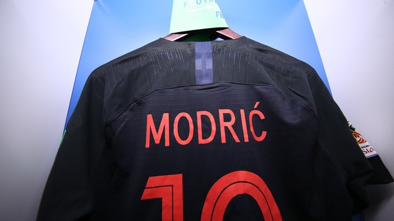 Áo đấu Modric