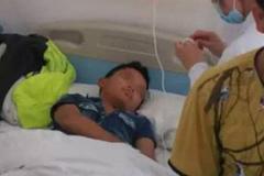 Bé trai bị bắn xuyên thủng trán, dập não