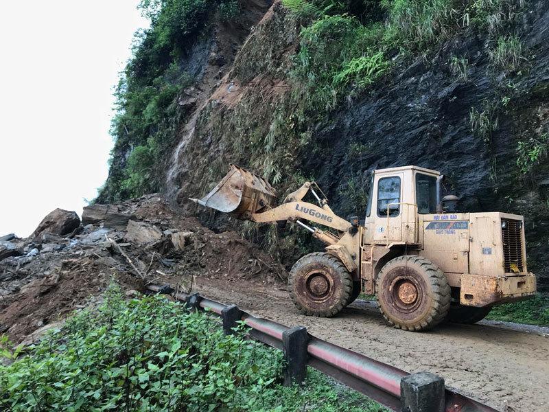 Hà Giang: Lũ quật bay cầu, cả bản hoang tàn, đổ nát