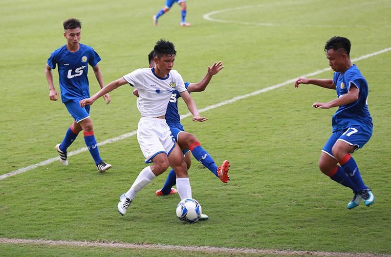 Nguyên Hoàng lập hat-trick đầu tiên ở giải U17 quốc gia