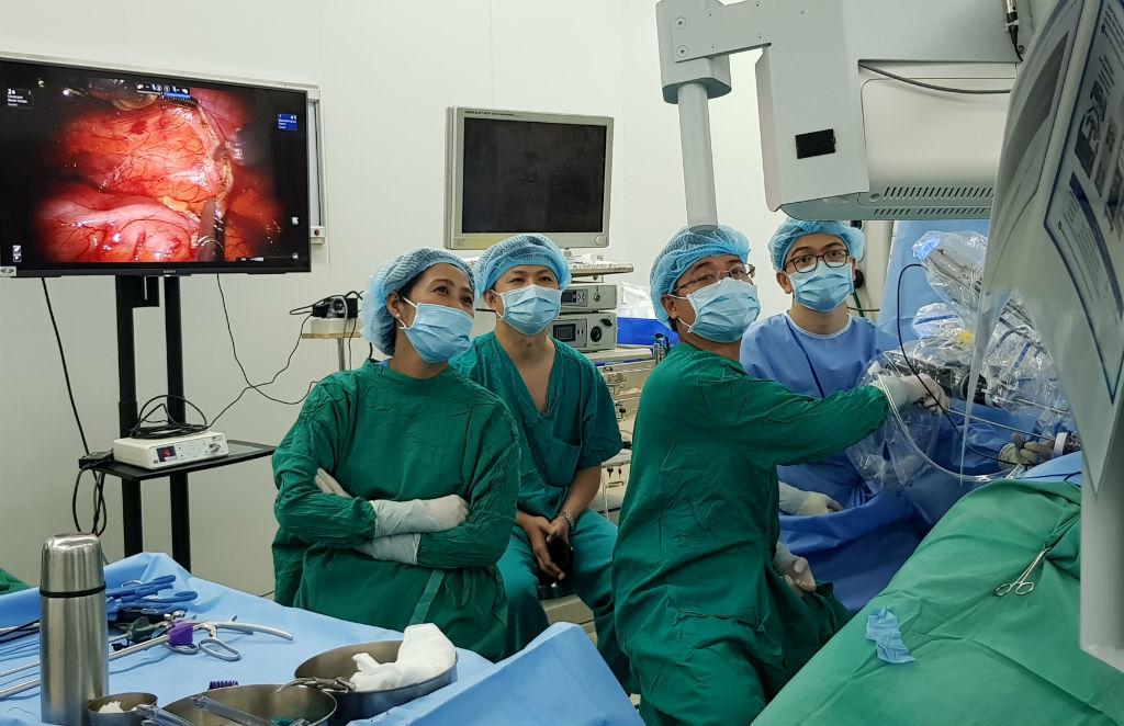 phẫu thuật robot,ghép thận,bệnh viện Chợ Rẫy