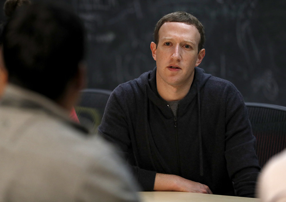 Facebook,Mark Zuckerberg