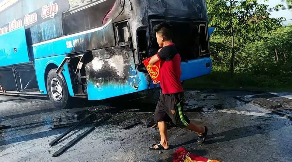 cháy xe khách,Hà Tĩnh