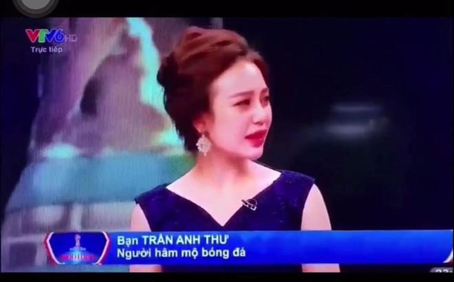 Người hâm mộ bức xúc vì lời bình luận của hot girl VTV