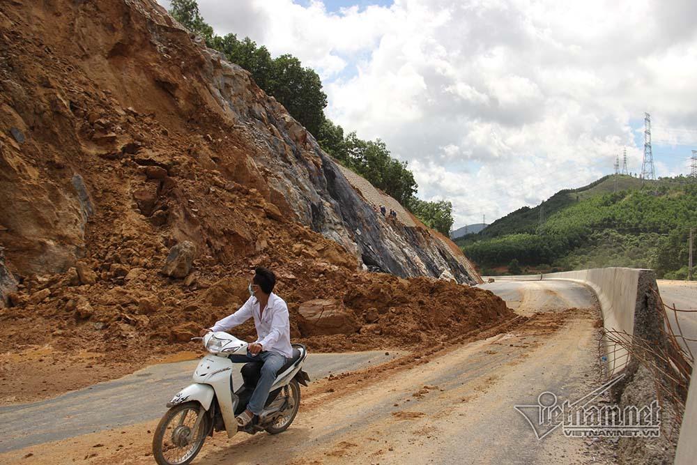 cao tốc Hạ Long - Vân Đồn,Quảng Ninh,sạt lở,sạt lở đất,mưa lũ