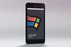 Giật mình kinh ngạc với chiếc smartphone chạy Windows 95