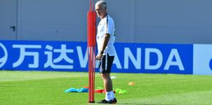 """Pháp vs Argentina: Deschamps bị chỉ trích vì trò """"mèo vờn chuột"""""""