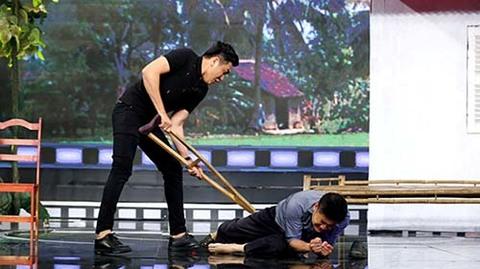 Hot boy Nguyên Bảo nhập vai phản diện khiến Minh Hằng bật khóc