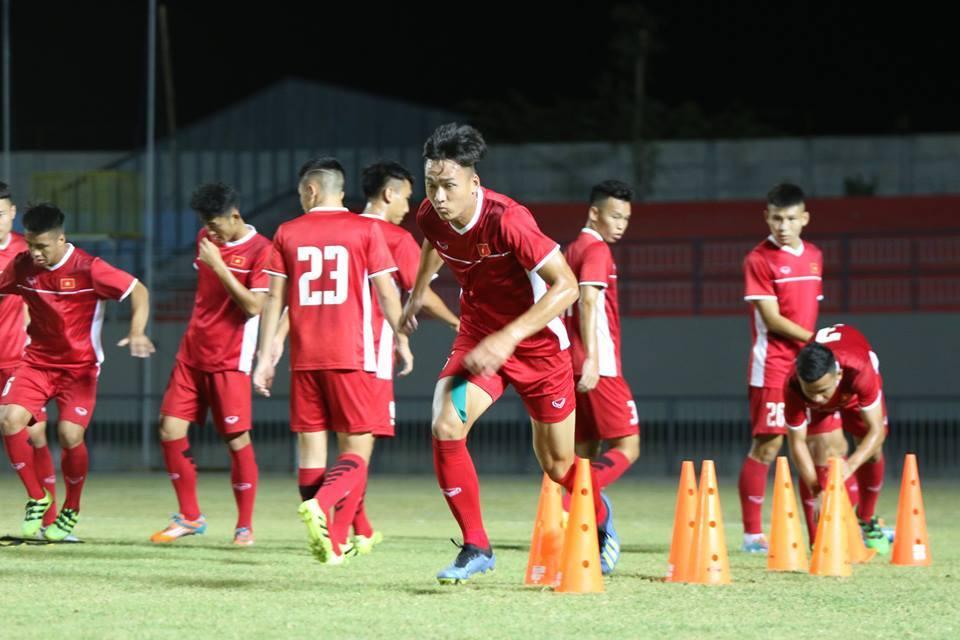 U19 Việt Nam hứng khởi luyện công, chờ quyết đấu Thái Lan