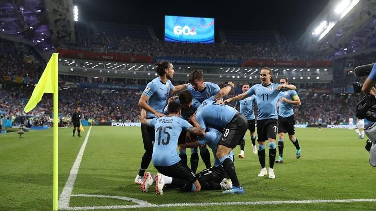 Trước trận gặp Pháp, ĐT Uruguay gặp tổn thất cực lớn
