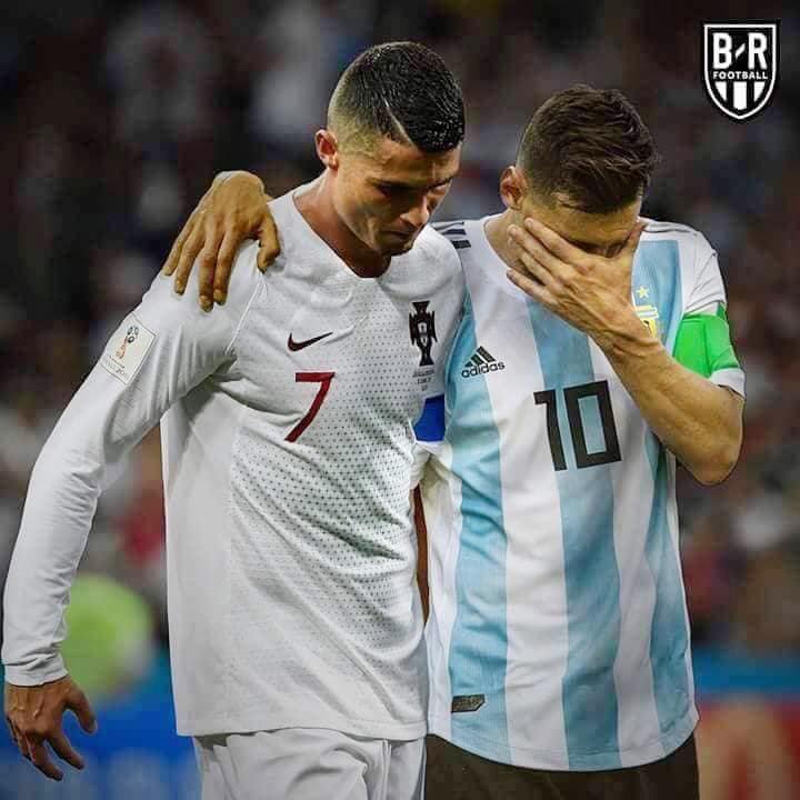 Argentina và Bồ Đào Nha bị loại, dân mạng chế ảnh chia buồn với Messi và Ronaldo