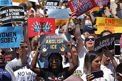 Biểu tình rầm rộ khắp Mỹ chống chính sách nhập cư của ông Trump