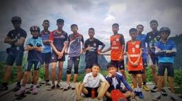 Cầu thủ nhỏ nhất đội bóng Thái lần đầu tiết lộ vụ mắc kẹt