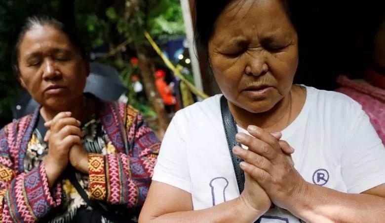Thái Lan dồn sức giải cứu đội bóng mắc kẹt trong hang