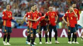 Tây Ban Nha thua hổ thẹn: Trả giá vì Real Madrid