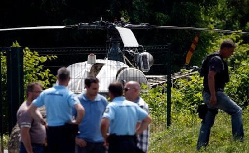 Cướp ngục,tù nhân,súng trường,trực thăng,Paris