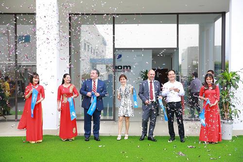Triom Việt Nam mở rộng SX đèn chiếu sáng ô tô