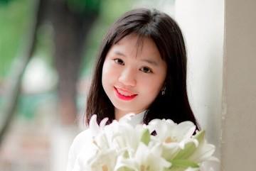 Nữ sinh Hà Nội đỗ liên tiếp 5 lớp chuyên