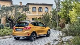 Hơn 47 người châu Âu 'tranh nhau' mua chiếc ô tô Ford giá 433 triệu
