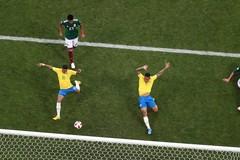 Video bàn thắng Brazil 2-0 Mexico