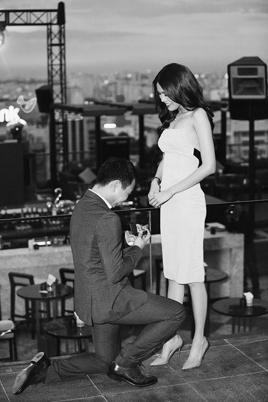 Lan Khuê lần đầu công khai khoe chồng sắp cưới sau màn cầu hôn lãng mạn