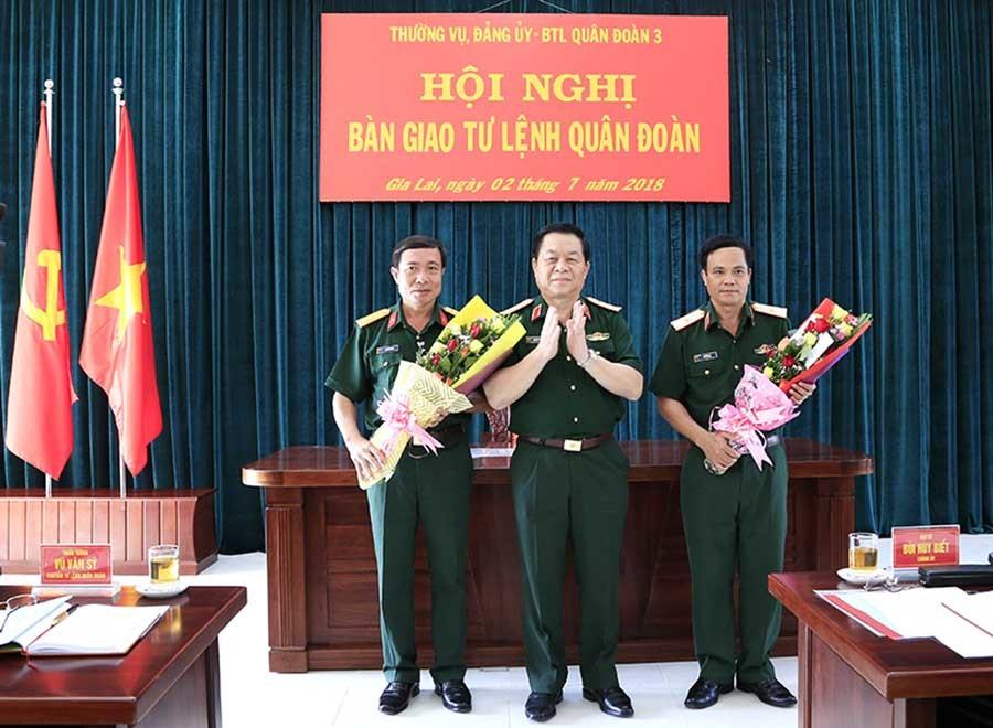 Bổ nhiệm Cục trưởng Cục quân huấn và Tư lệnh Quân đoàn 3