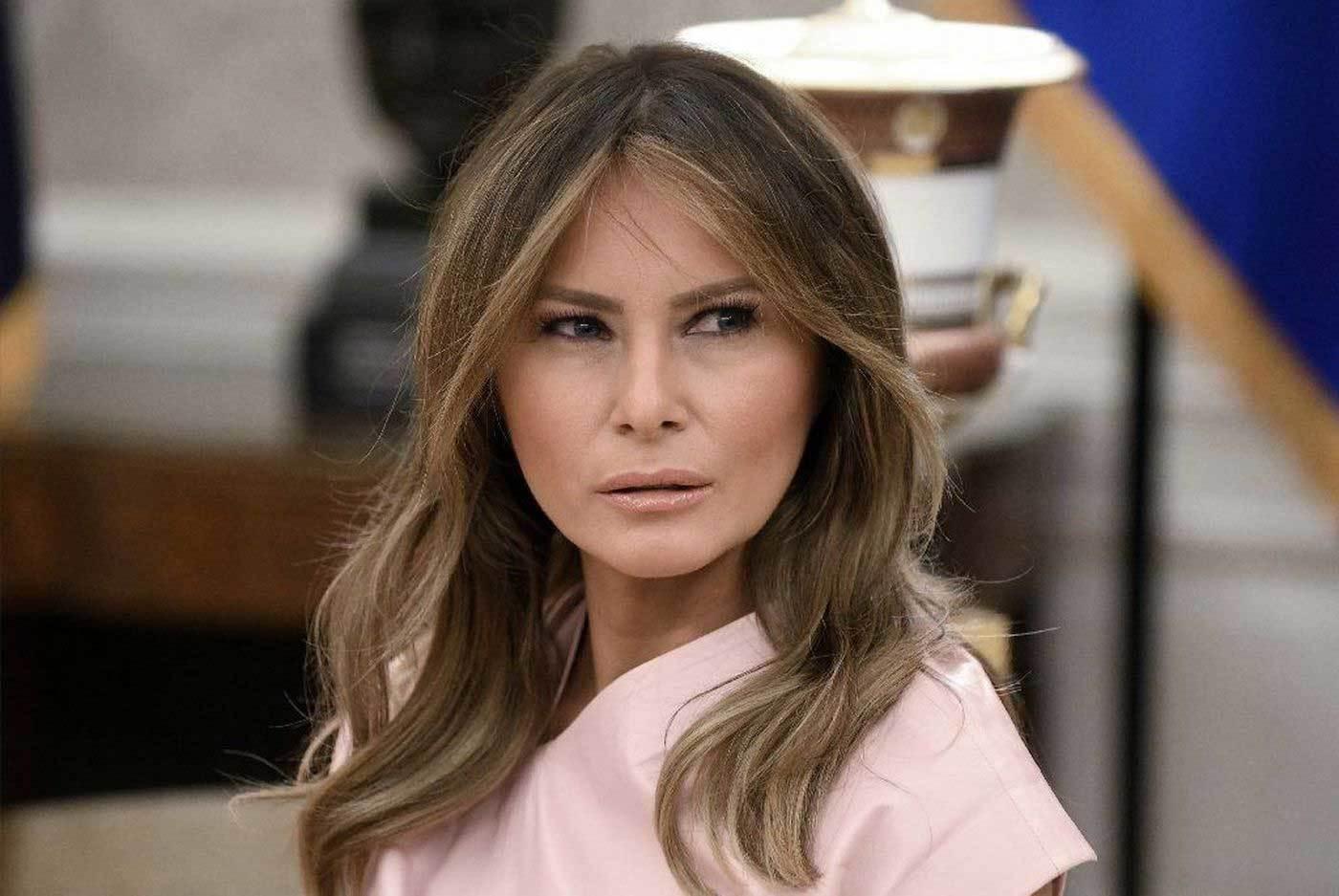 Bà Trump thu triệu đô từ bán ảnh cho báo giới