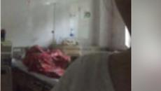 Sốc với đôi nam nữ trùm chăn ôm nhau, nghi ''mây mưa'' ngay trên giường bệnh viện
