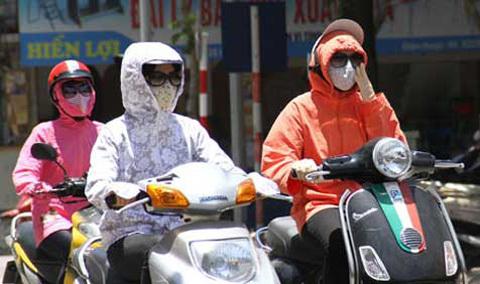 10 cách chống nóng khi ra ngoài trời dưới thời tiết 40 độ
