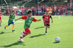 Huỳnh Đức, Phan Thanh Bình đãi vàng cho bóng đá Việt