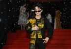 Sơn Tùng xuất hiện cực ngầu trên trang Calvin Klein với set đồ 50 triệu đồng