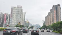 60 xe ô tô Trung Quốc tự lái vào sâu nội địa Việt Nam