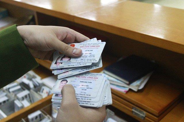 Làm thẻ căn cước công dân cần mang theo những giấy tờ gì?