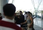 Nicole Scherzinger xuất hiện chớp nhoáng ở sân bay Đà Nẵng