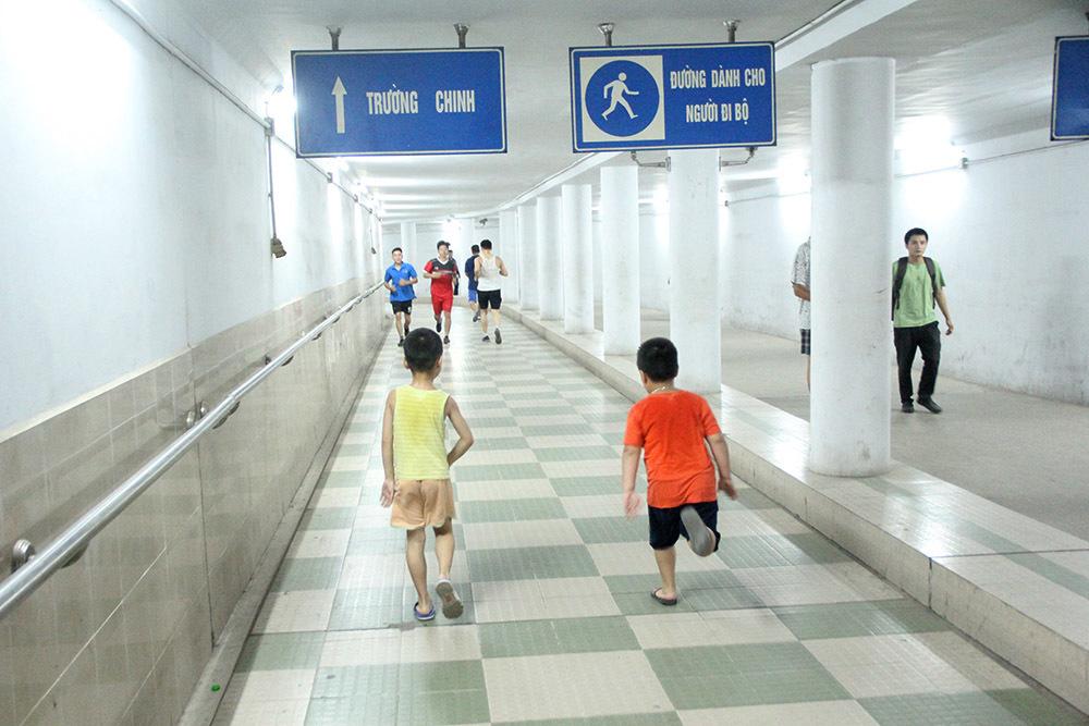 nắng nóng,hầm đi bộ,Hà Nội
